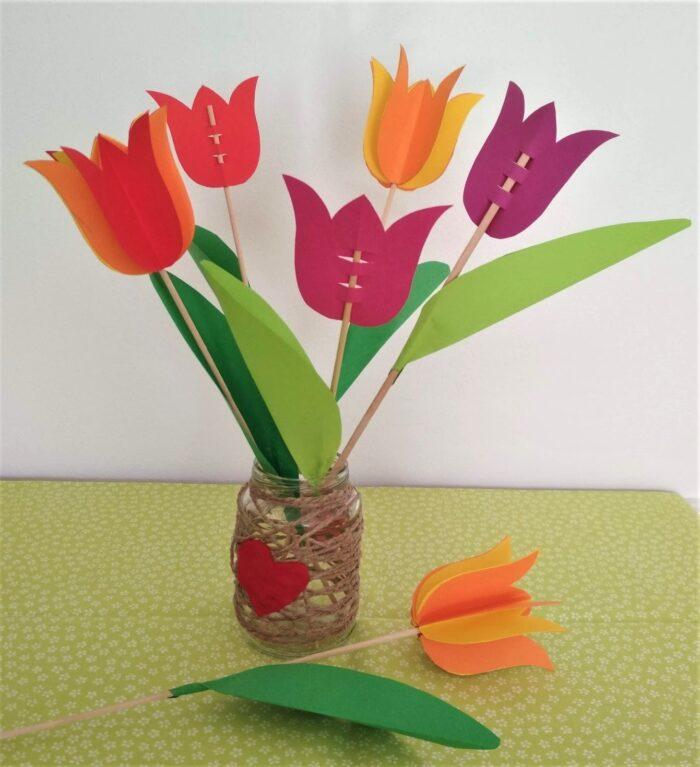 Papírový tulipán