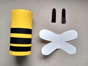 včela z ruličky