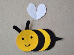 Vyrábění včela